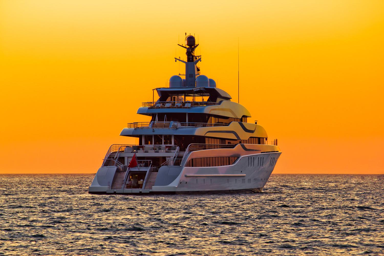 orange-yacht